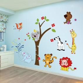 наклейки на стене в детской дизайн