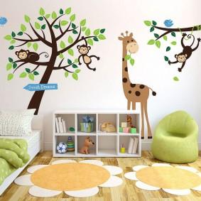 наклейки на стене в детской дизайн идеи