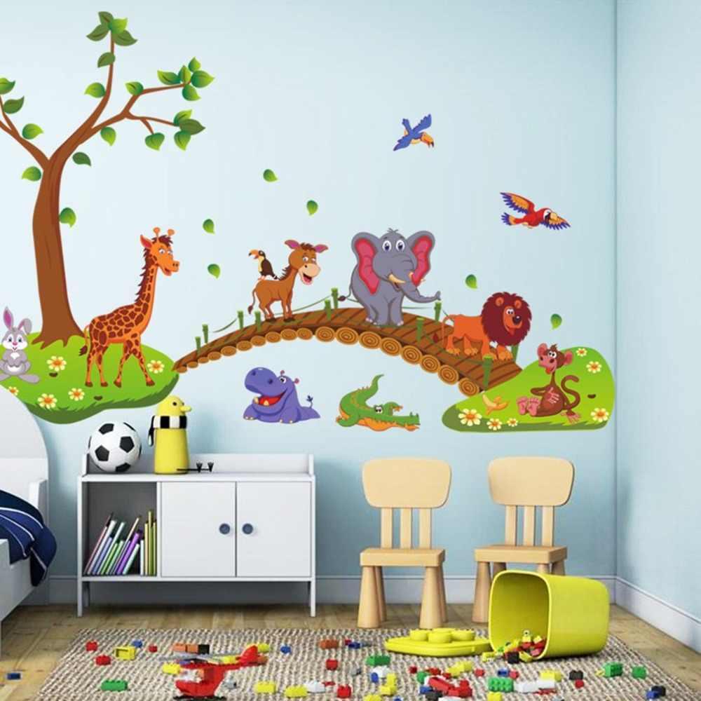 наклейки на стене в детской идеи фото