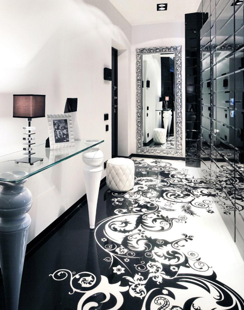 Черно-белый пол наливного типа в коридоре квартиры