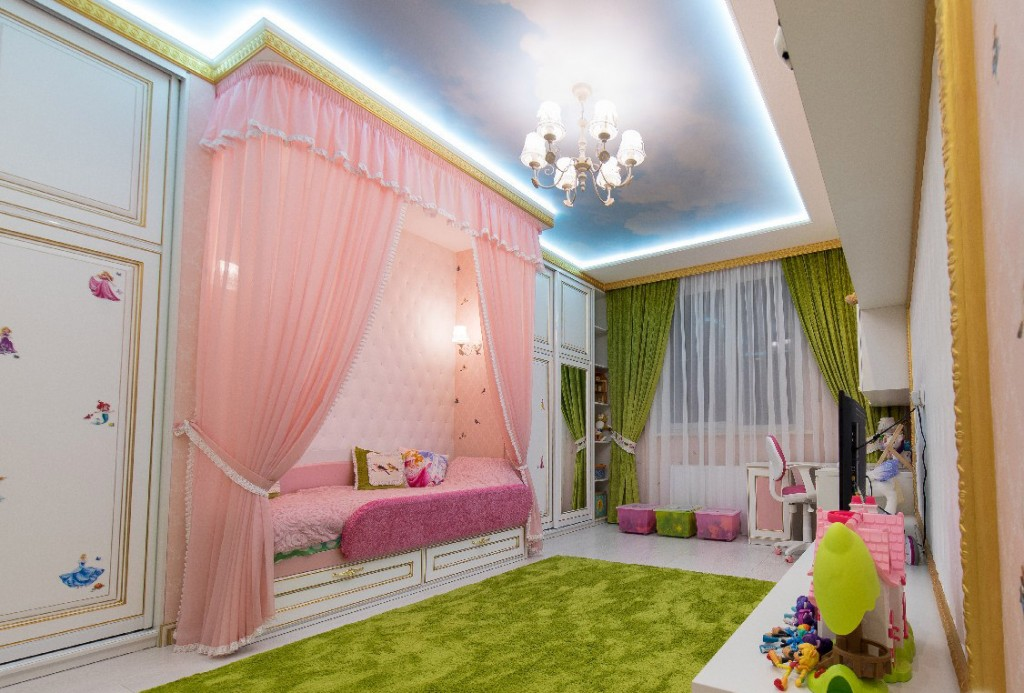 Подсветка потолка в спальне девочки