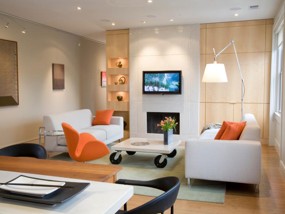 Освещение гостиной в небольшой квартире