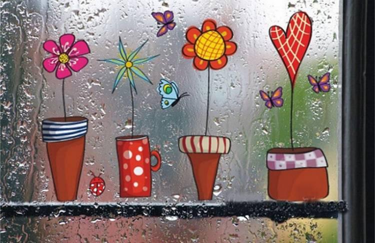 Виниловые наклейки на оконном стекле в детской