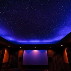 натяжной потолок в зале звездное небо
