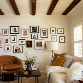 Деревянные балки на потолке квартиры