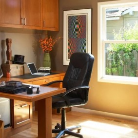 рабочий кабинет в квартире идеи дизайна