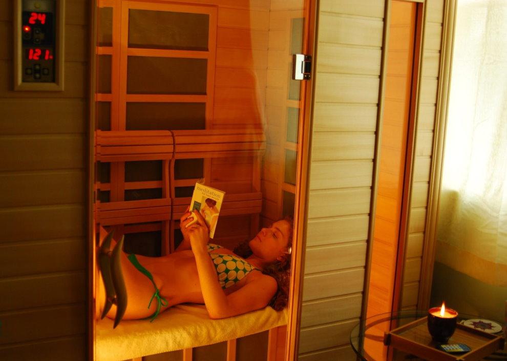 Инфракрасная сауна на балконе трехкомнатной квартиры
