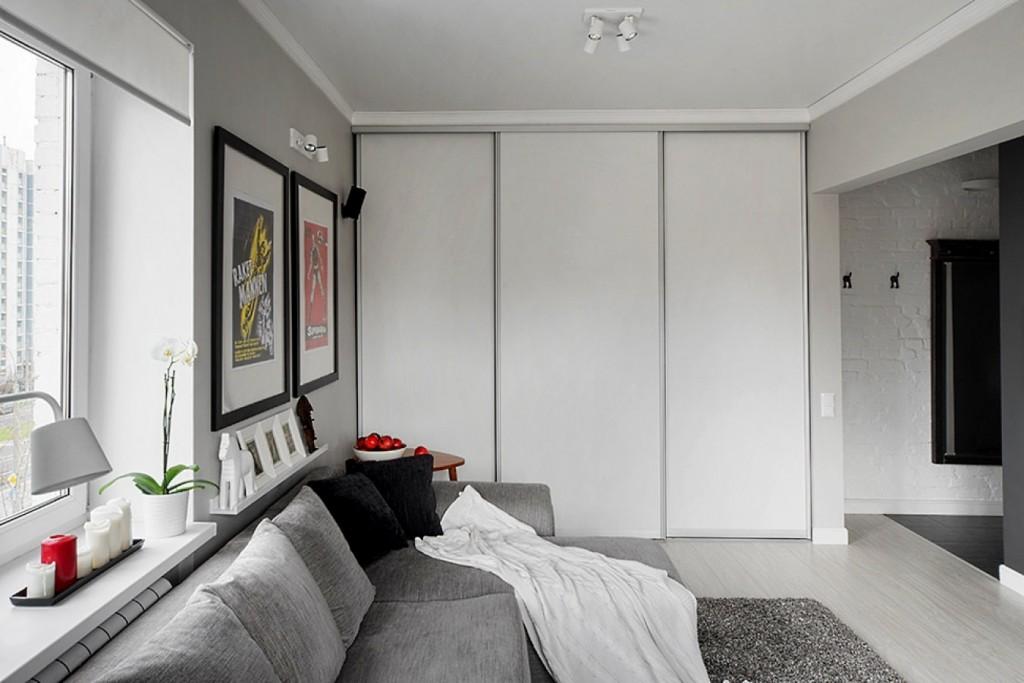 Встроенный шкаф с раздвижными дверцами