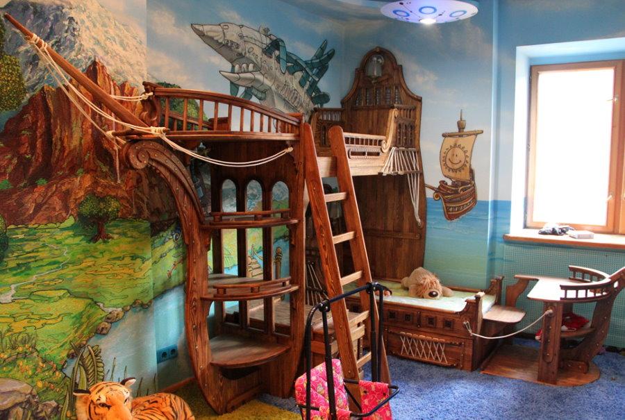 Небольшая детская комната в стиле сказки