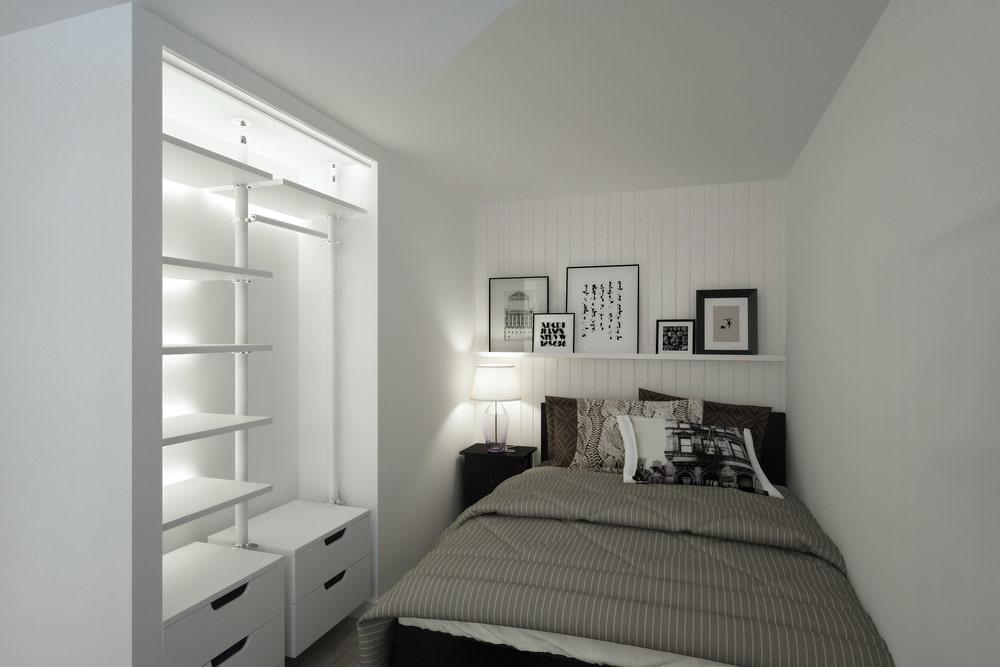 Маленькая спальня супругов в однушке площадью 33 квадрата