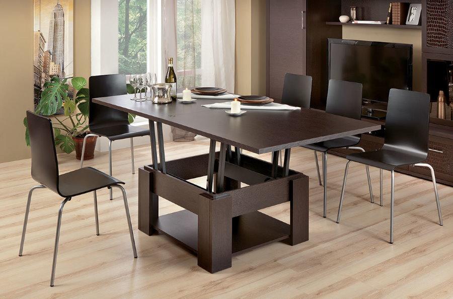 Стол-трансформер для обедов в гостиной