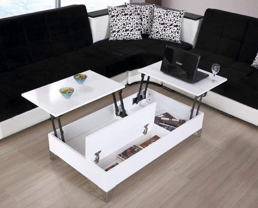 Раскладной столик из ДСП белого цвета