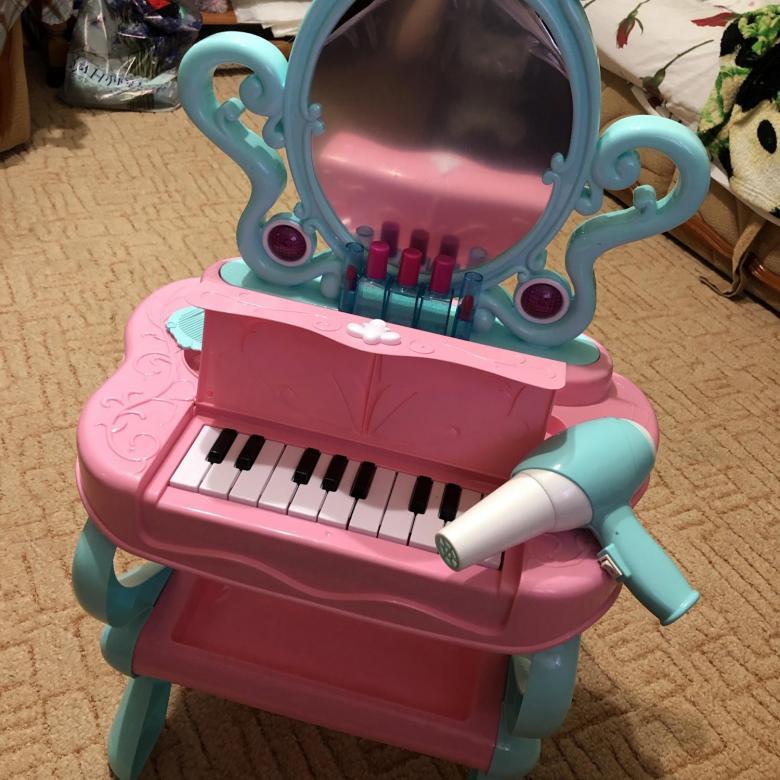 Детский туалетный столик с пианино и феном
