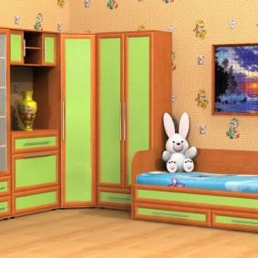 угловой шкаф в детскую комнату фото интерьер