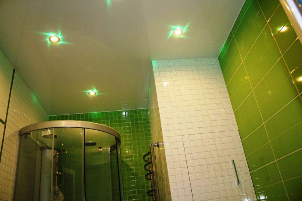ванная в хрущевке натяжной потолок