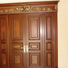 входные деревянные двери варианты идеи