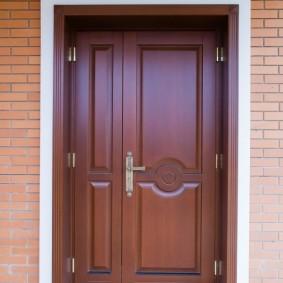 входные деревянные двери фото вариантов