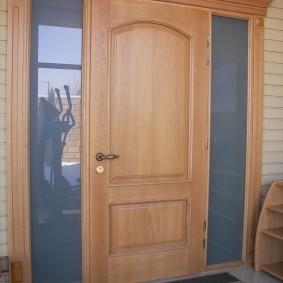 входные деревянные двери варианты