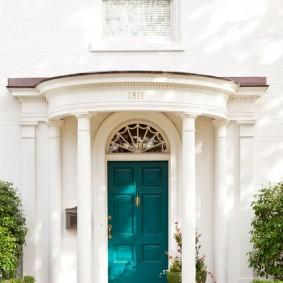 входные деревянные двери интерьер