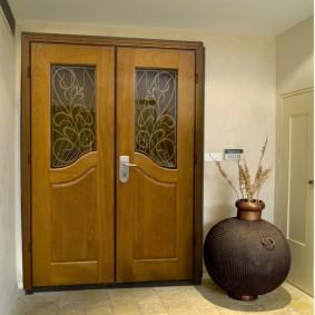 входные деревянные двери дизайн фото