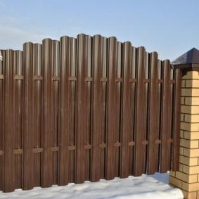 забор из евроштакетника виды фото
