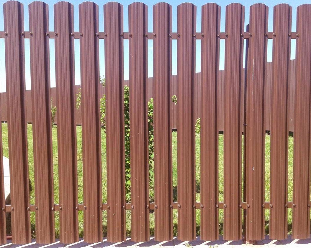забор из евроштакетника идеи