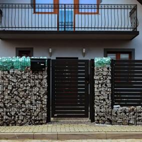 забор из габионов дизайн идеи