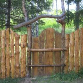 забор из горбыля фото декора