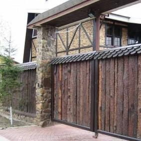 забор из горбыля фото обзоры