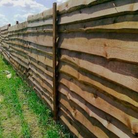 забор из горбыля виды дизайна
