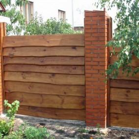 забор из горбыля дизайн