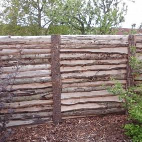 забор из горбыля дизайн фото