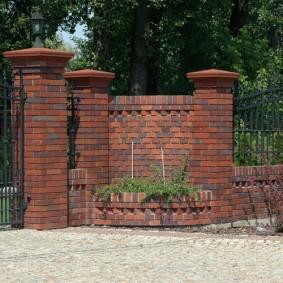 забор из кирпича фото идей