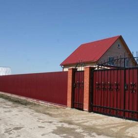 забор из профлиста виды декора