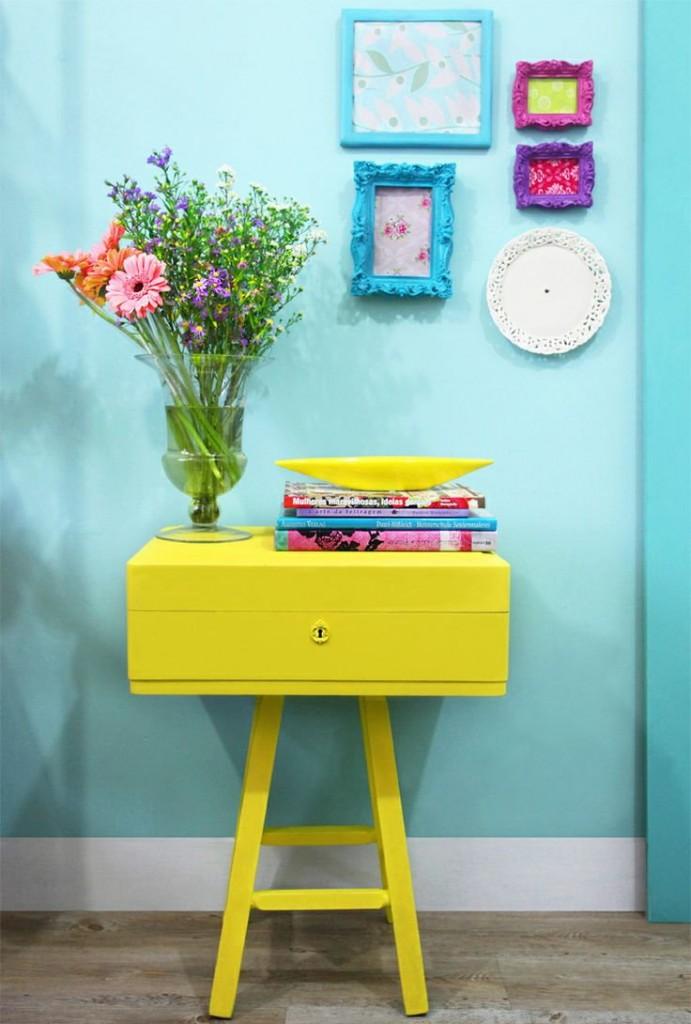 Комбинация желтого и бирюзового цветов в детской комнате
