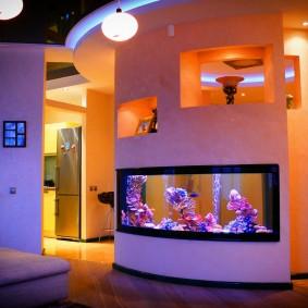 декоративное освещение холла в двухэтажном доме