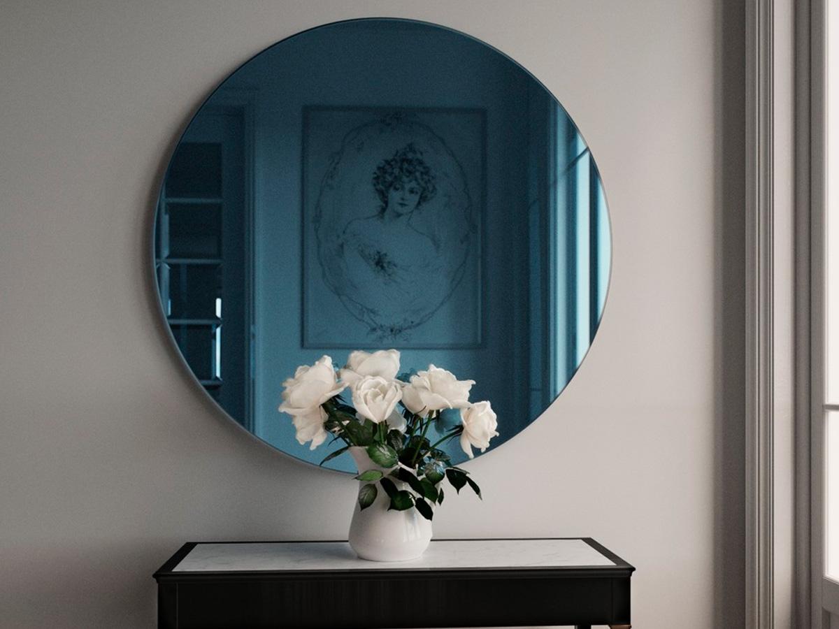 цветное зеркало в прихожей