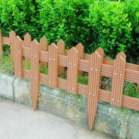декоративный забор дерево