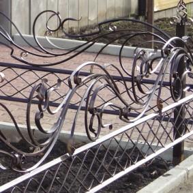 декоративный забор для сада идеи дизайн