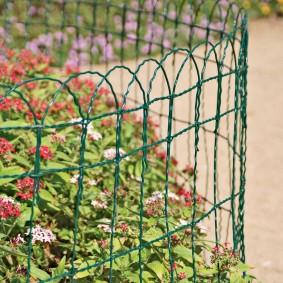 декоративный забор для сада идеи