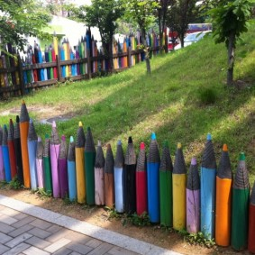 декоративный забор для сада фото оформления