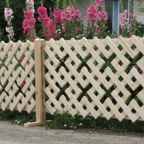 декоративный забор для сада фото варианты