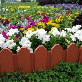 декоративный забор для сада виды