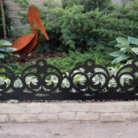 декоративный забор для сада идеи виды