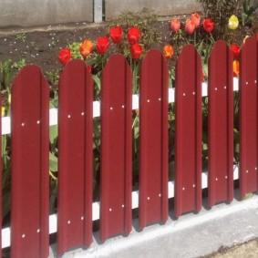 декоративный забор для сада обзор идеи