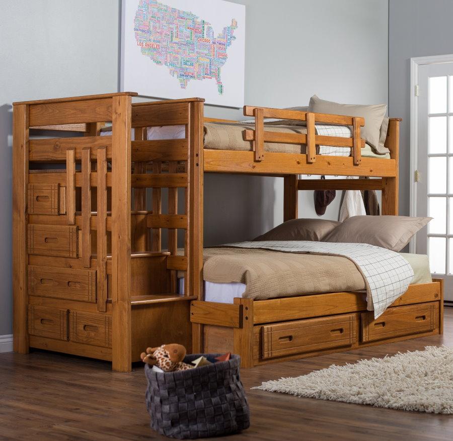 Деревянная мебель в комнату для двоих детей