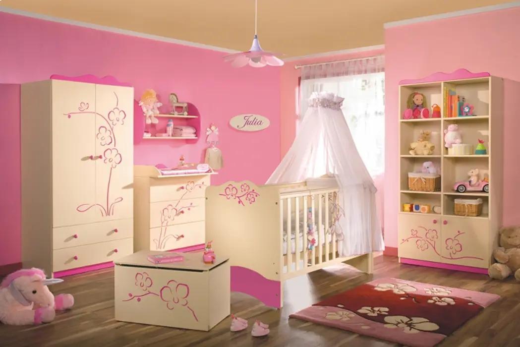 детский гарнитур для маленького ребенка