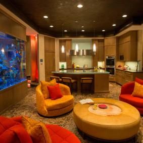 Освещение гостиной комнаты с аквариумом