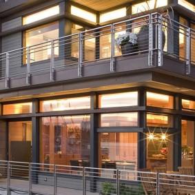 Красивый фасад частного дома