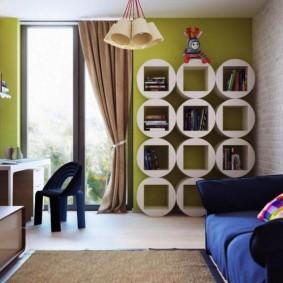 Стильные полки в детской комнате